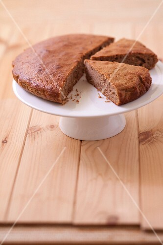 Soft chestnut flour cake