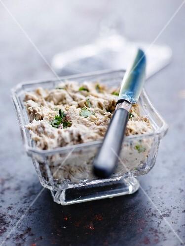 Curry-flavored mackerel paté