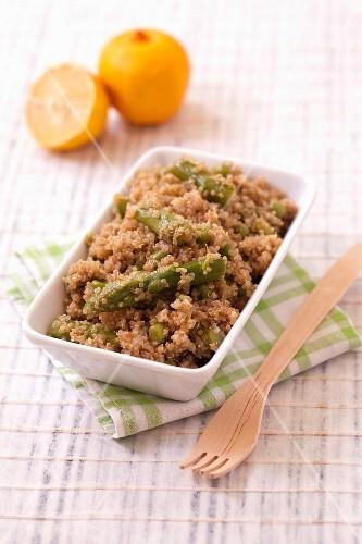 Quinoa,pea and asparagus salad