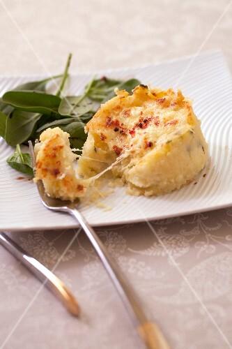 Mozzarella and potato grilled mash
