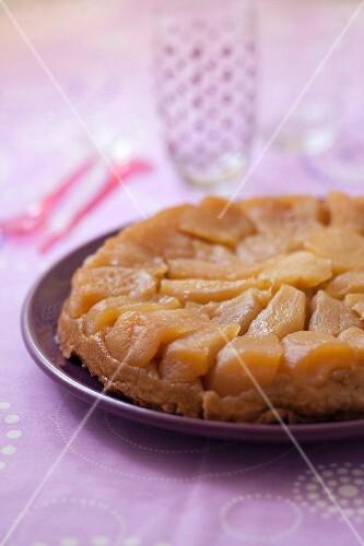 Caramelized apple tatin tart