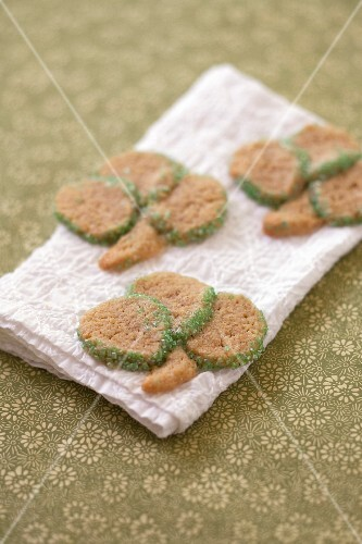 Pistachio clover shaped Saint-Patrick's shortbreads