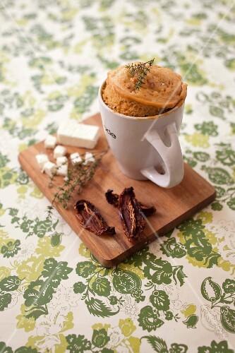 Sun-dried tomato and feta provençal-style mugcake