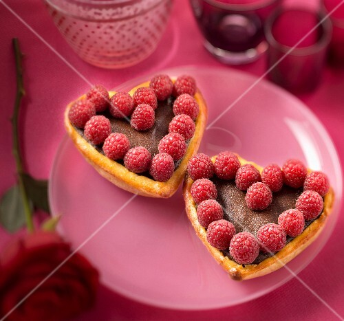 Chocolate and raspberry love tarts