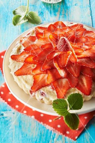 Semolina and Plougastel strawberry pudding