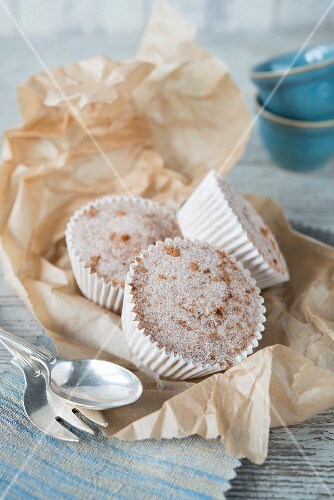 Almond and coconut cupcakes