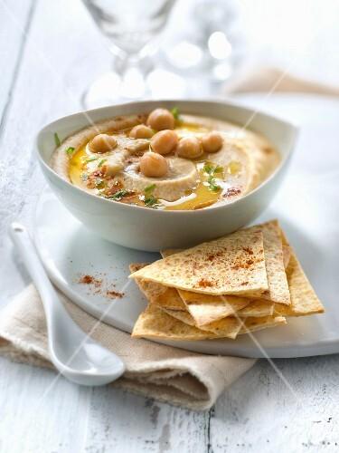 Gluten-free hummus and grilled unleavened cornbread