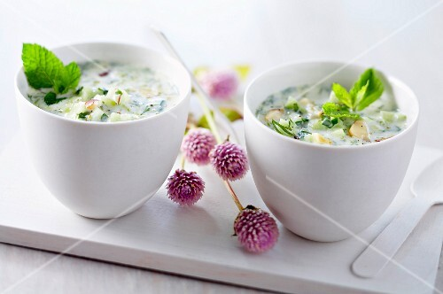 Turkish nut and cucumber soup