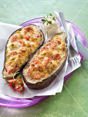 Stuffed eggplants grilled with parmesan