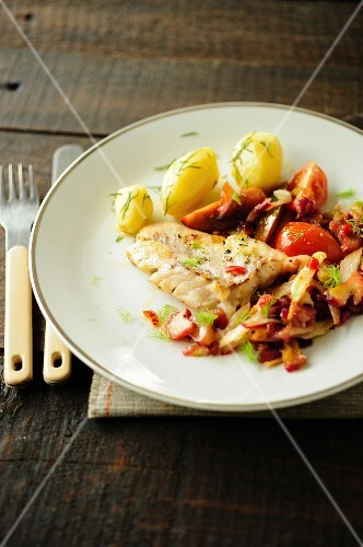Fish with a rhubarb and fennel medley