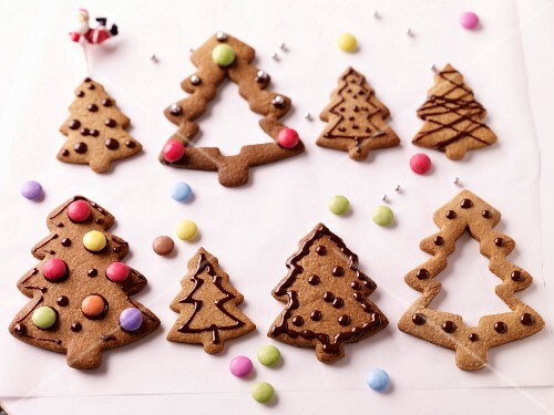 Christmas tree-shaped speculos ginger biscuits