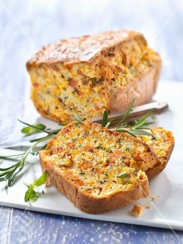 Sweet potato and mimolette savoury cake