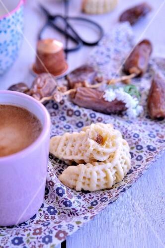 Kaak nakache, dates shortbreads