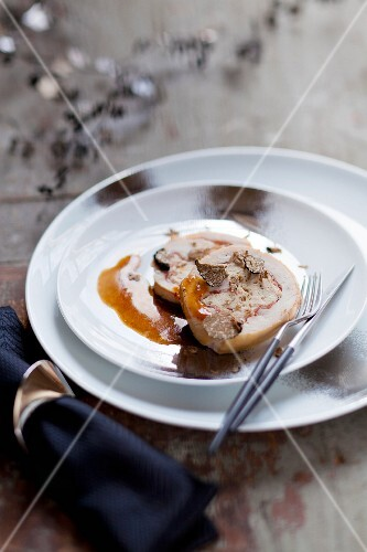 Rolled turkey breast with truffles