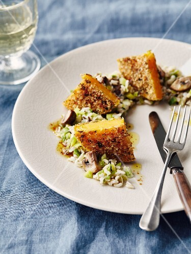Breaded pumpkin,rice with leeks and mushrooms