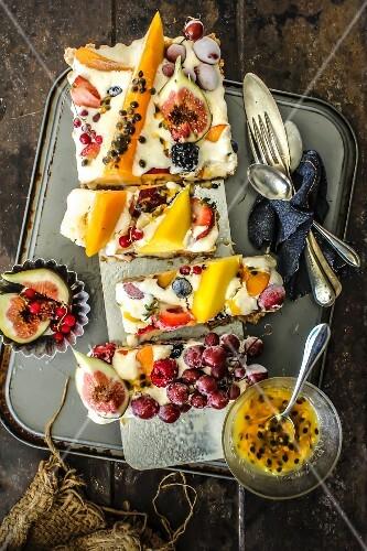 Ice cream and fresh fruit tart