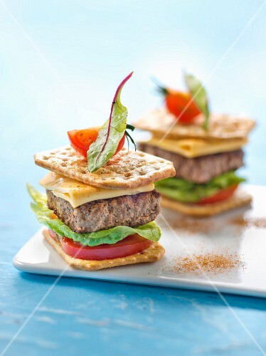 Mini burgers made with Tuc crackers and peppers