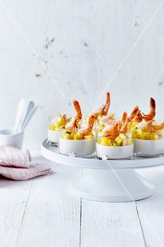 Savoury panna cotta with shrimps and diced mango