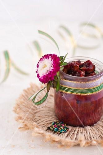 Quetsch plum, walnut and clove chutney