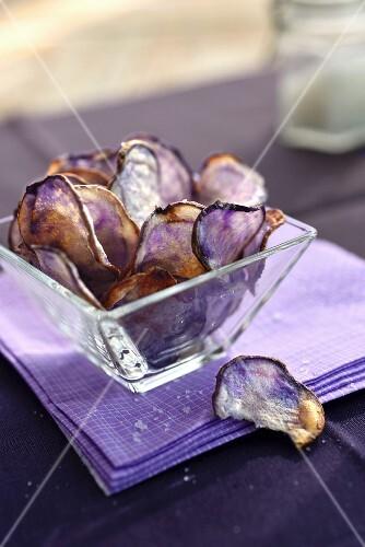 Purple potato crisp flowers