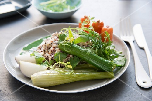 Mixed quinoa and vegetables