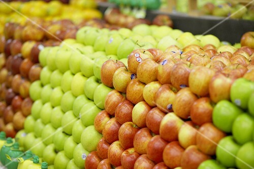 Various types of apples in a supermarket