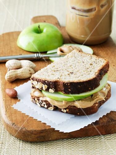 Peanut Butter and Apple Sandwich on Whole Grain Bread