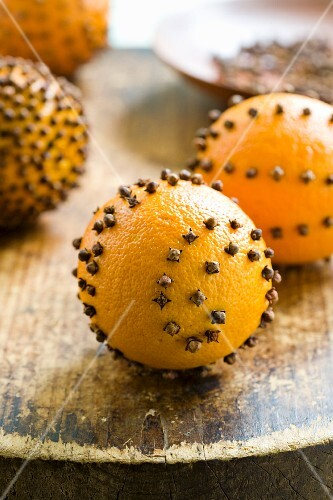Pomander Made From an Orange and Cloves